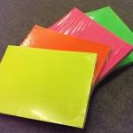 Etalage karton fluor geel