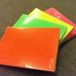 Etalage karton fluor rood