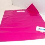 Plastic draagtas pink